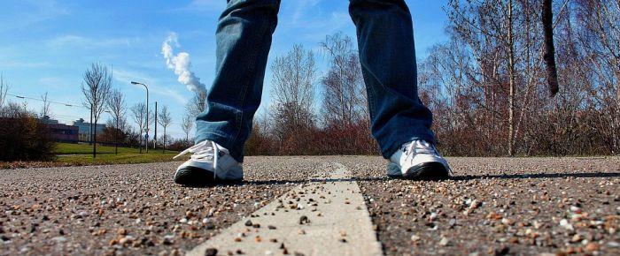 sidewalk-657906_960_720